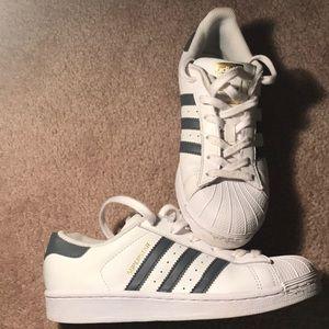 Kids Adidas!